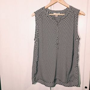 Kenar chevron black/ white blouse worn 1X XL
